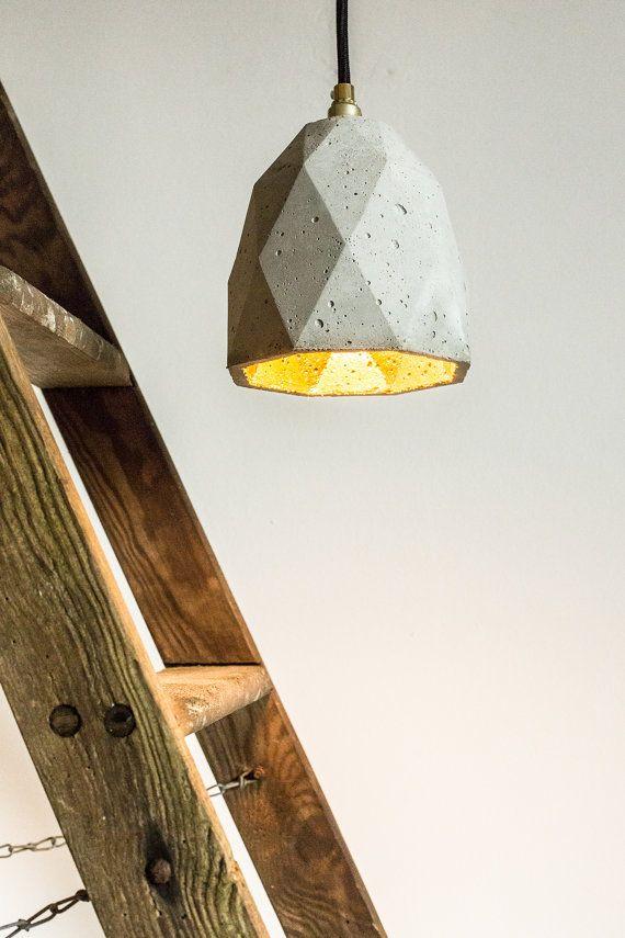 Mijn nieuwe lamp! Via Etsy https://www.etsy.com/nl/listing/157516078/hanging-lamp-t1-concrete-gold-designer