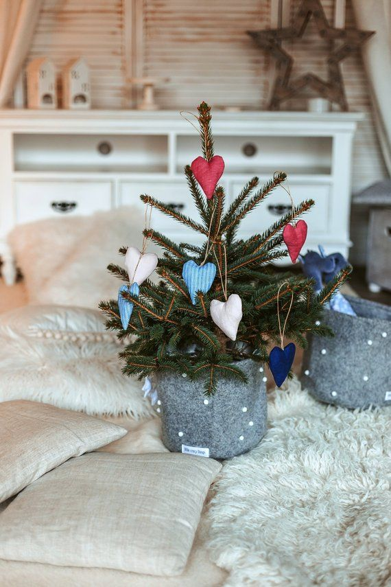 C u s t o m o r d e r Felt Christmas tree baskets Gifts for