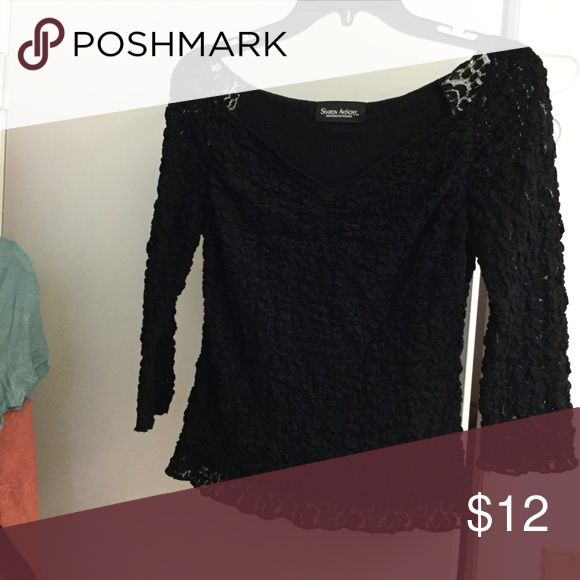 SUSAN ANTHONY TOP WITH LACE FITS S-M BLACK TOP LAYERED WITH LACE. EXCELLENT CONDITION FITS M IF YOU LIKE TIGHT TOPS Tops Blouses