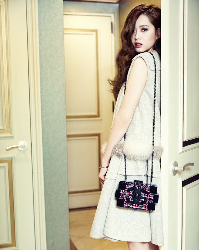Additional Spreads of Go Ara In Vogue Girl Korea's October 2013 Edition | Couch Kimchi