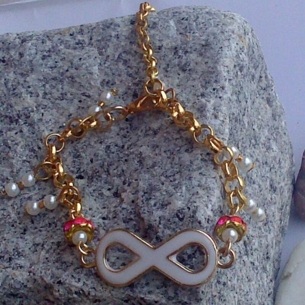 infinity bangle van BeeDelighted Jewelry op DaWanda.com