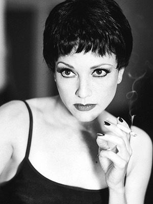 Bebe Neuwirth <3 The only Velma Kelly I bother to listen to.