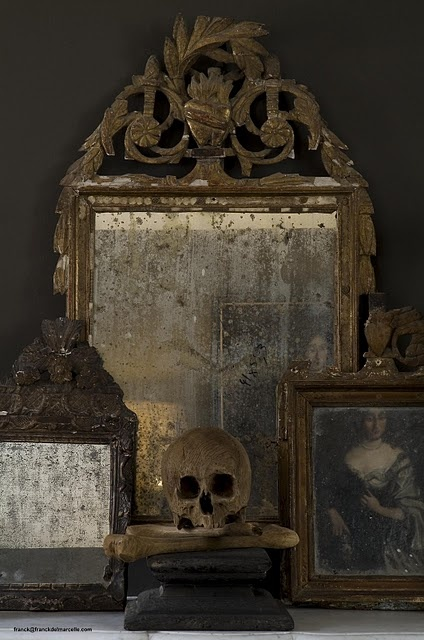 A haunted mix of tarnished antique mirrors and bones. Perfect for Halloween from Mod Vintage Life blog