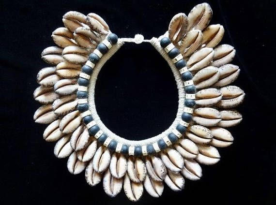 Ethnic Cowrie Shell Necklace With Fish Bone Bijoux Coquille