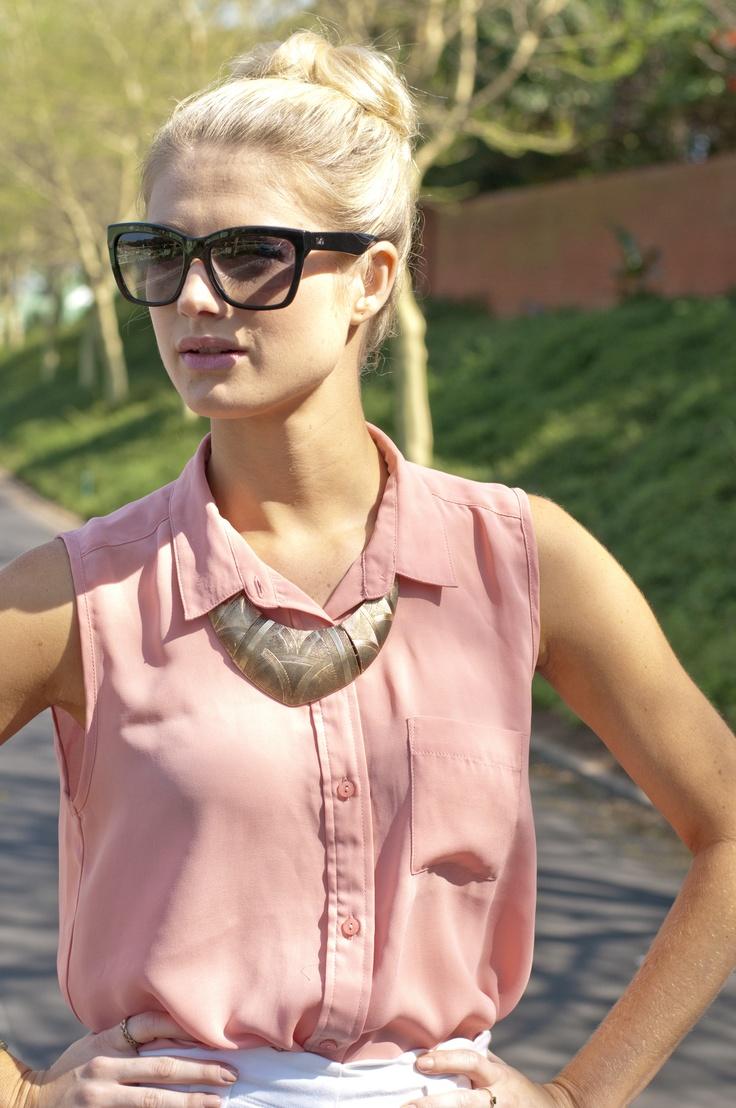statement necklace  www.FashFW.blogspot.com