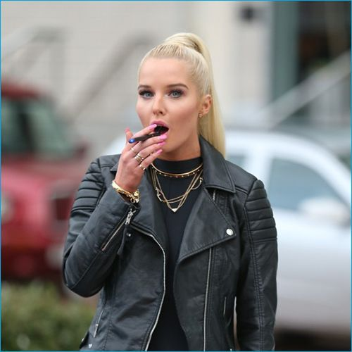 Celebrity Smoking List - Hollywood Actors Smoking Cigarettes
