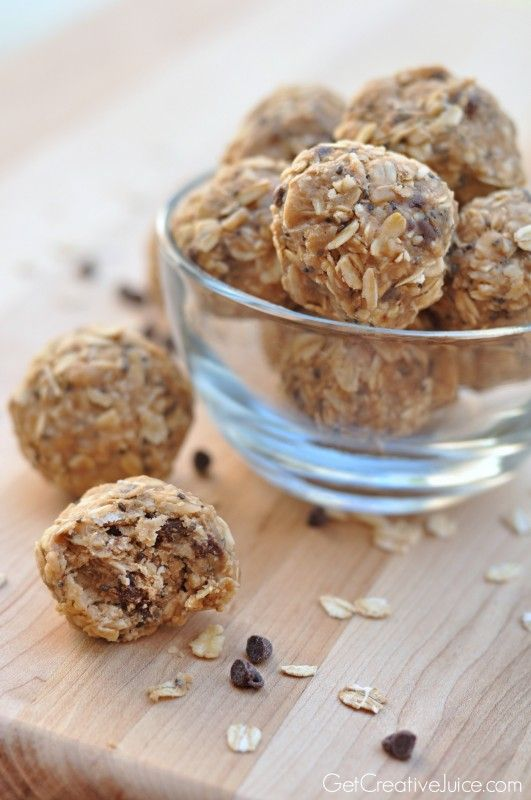 Peanut Butter Oatmeal Energy Bites - Creative Juice // Think I like this version best!