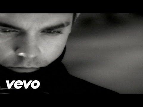 Robbie Williams - Angels - YouTube