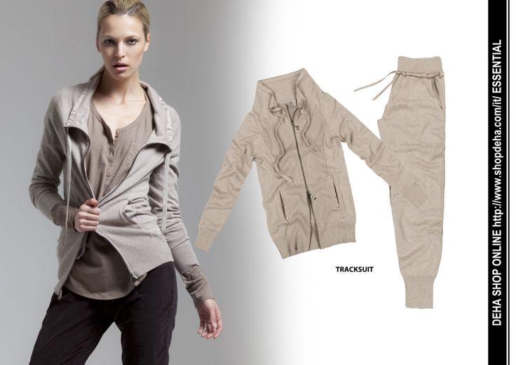 Per il vostro shopping online #DEHA #TRACKSUIT http://www.shopdeha.com/it/ http://www.shopdeha.com/it/essential/65-giacca.html http://www.shopdeha.com/it/essential/66-pantalone.html