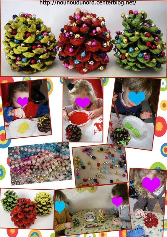 Les pommes de pin des enfants décorés pour Noël