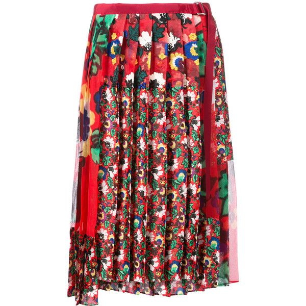 Sacai asymmetric floral pleated skirt (3,890 MYR) ❤ liked on Polyvore featuring skirts, red, print skirt, pleated skirt, red floral skirt, red pleated skirt and mid length skirts