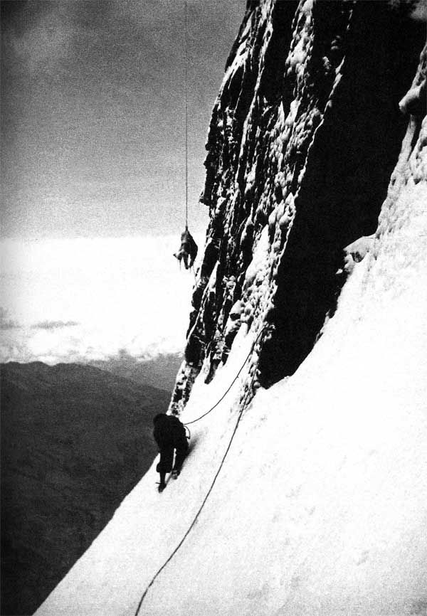 The hanging body of Toni Kurz on the north face of the Eiger being retrieved by & 37 best The North Face of the Eiger images on Pinterest | Climbing ...