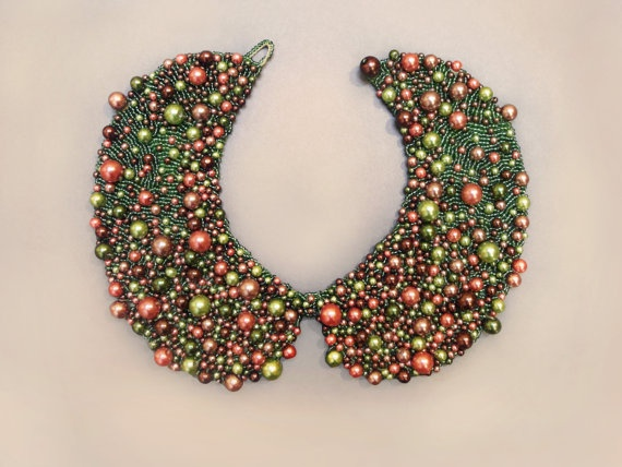Handmade pearl collar, necklace vintage style;   I like this model better - but then with the white pearls