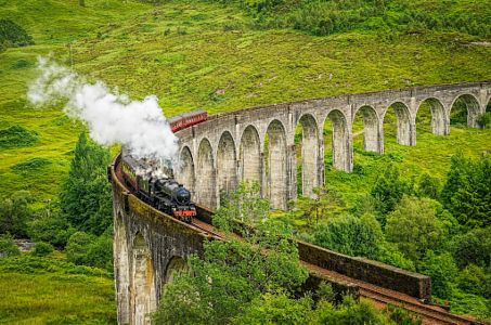 Jacobite Steam Locomotive by Stephen Nicholls