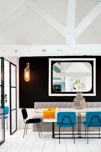Salle à manger d'un duplex parisien décoré par Sarah Lavoine | #BlackAndWhite #Design #Vintage #Interior