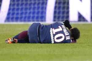 Paris Saint-Germain confirm Neymar set for surgery: * Paris Saint-Germain confirm Neymar set for surgeryGoal.com * French Ligue 1 Report:…