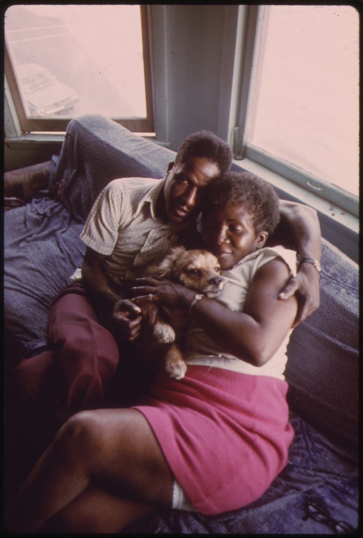 https://flic.kr/p/edEP9q   Black Couple And Their Dog In Their Apartment In South Side Chicago, 06/1973   Original Caption: Black Couple And Their Dog In Their Apartment In South Side Chicago. From 1960 To 1970 The Percentage Of Chicago Blacks With An Income Of $7,000 Or More Jumped From 26 To 58%. Median Black Income During The Period Increased From $4,000 To $7,883. But The Difference Between Their Median Income And That Of Whites Increased From $3,251 To $3,603 During The 10 Years…