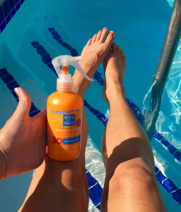 SocialNature.com  just sent this free full sized bottle of Kiss My Face sun spray lotion.  Kiss My face has:     SPF 30 with Antioxidant Def...