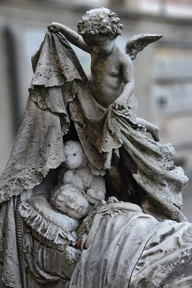 Touching Child's Marker---Just look at that detail of lace and ruffles!!!! A beloved child, no doubt! #Statues