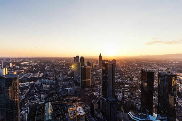 https://flic.kr/p/wYvVQ1 | Frankfurt | und die Sonne vom MAIN TOWER aus  Blogbeitrag  Facebook | Blog | Instagram