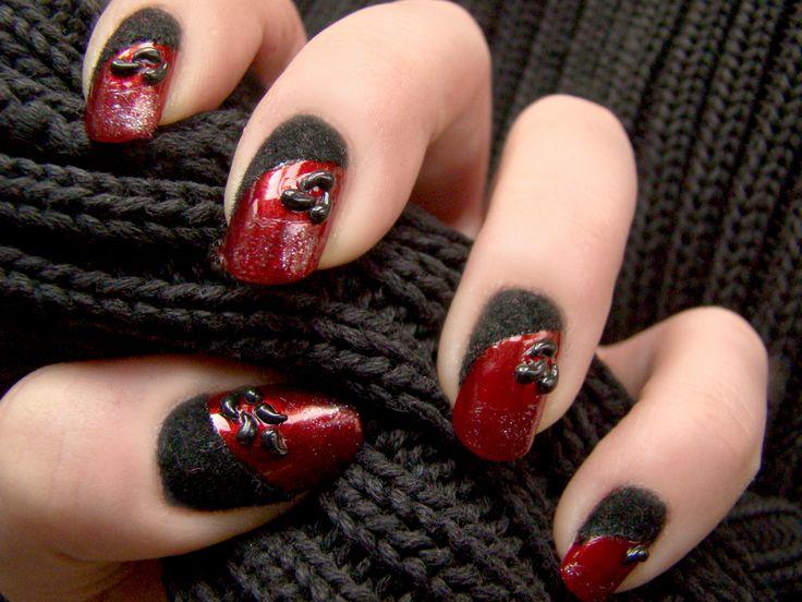 Gothic Manicure 2