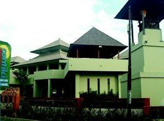 Breezes Resort and Spa - Kuta Bali