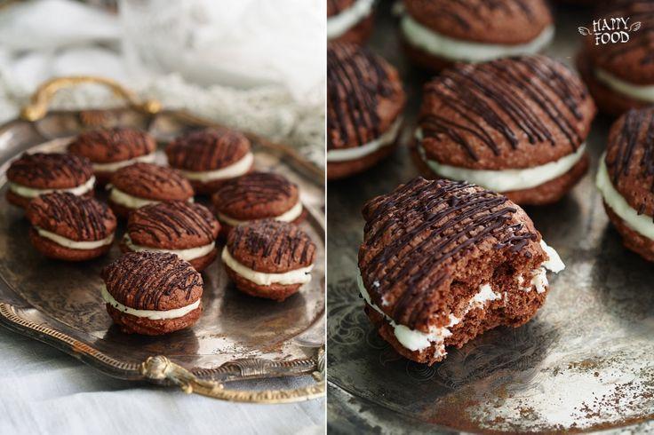Шоколадное вупи с кремом из маскарпоне/ chocolate mascarpone whoopie pies