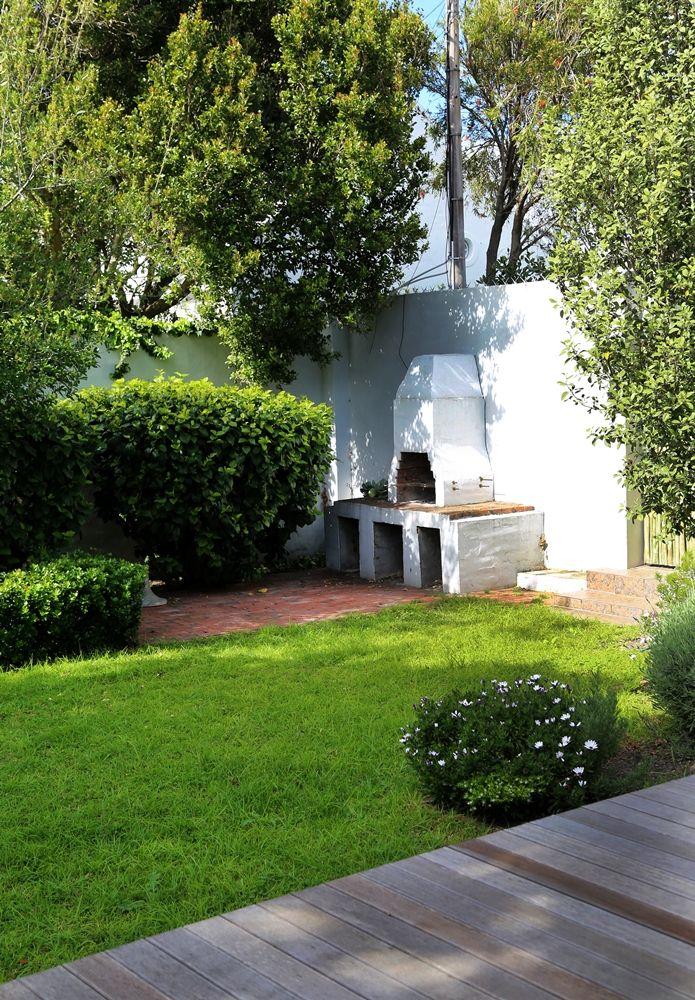 Selsey Cottage: Braai Area outside back Garden FIREFLYvillas, Hermanus, 7200 @fireflyvillas , bookings@fireflyvillas.com,  #SelseyCottage  #FIREFLYvillas #HermanusAccommodation