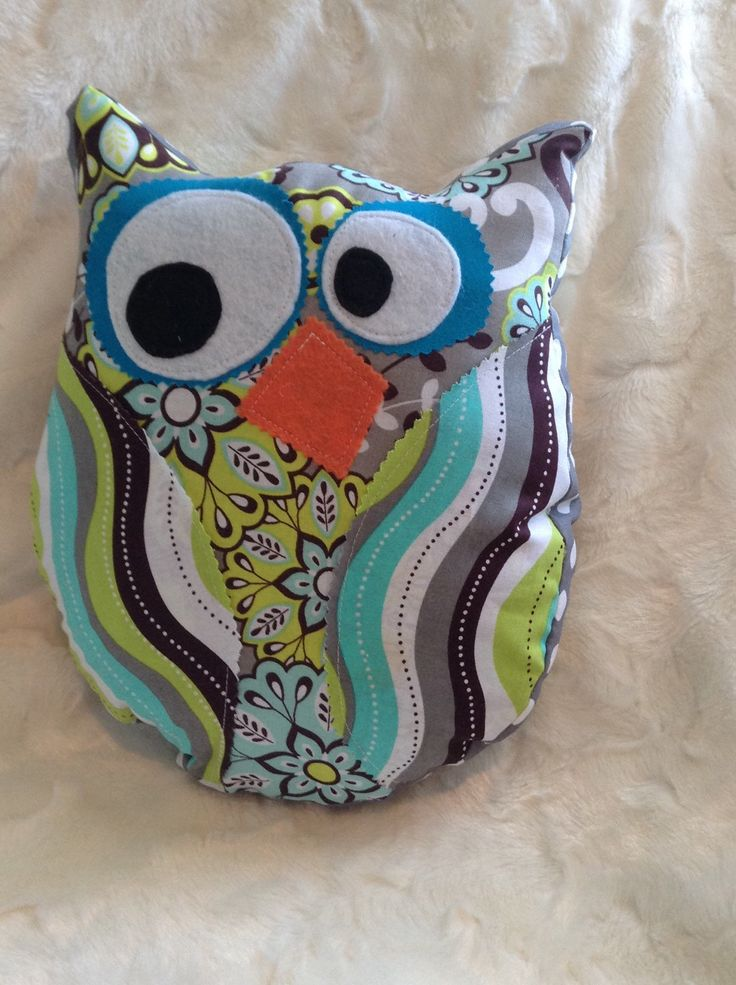 Owl Pillow - pinned by pin4etsy.com
