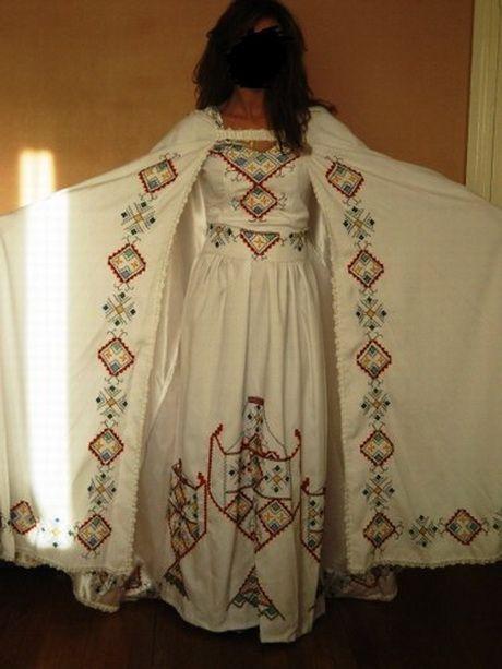 Bien connu Les 8 meilleures images du tableau Robe kabyle sur Pinterest  UI07