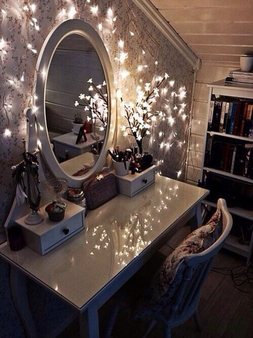 Fairy lights around the dressing table = A MUST!