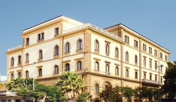 Il Palazzo Vescovile e il Museo Diocesano di #Caltanissetta...https://www.facebook.com/typicalsicily.it/photos/p.902041226522108/902041226522108/?type=3&theater… #typicalsicily