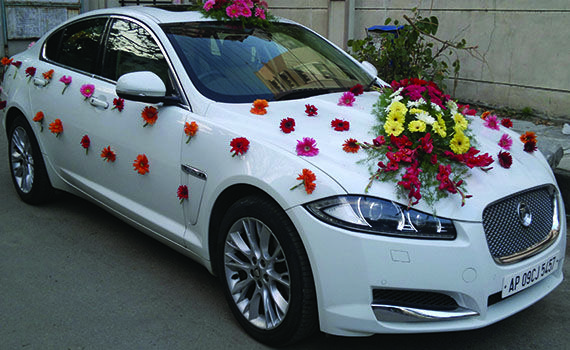 Click Here To Get Luxury Bridal Car Rental Services In Chennai Agarwal Travel Links Is One Of Wedding Car Decorations Wedding Car Ribbon