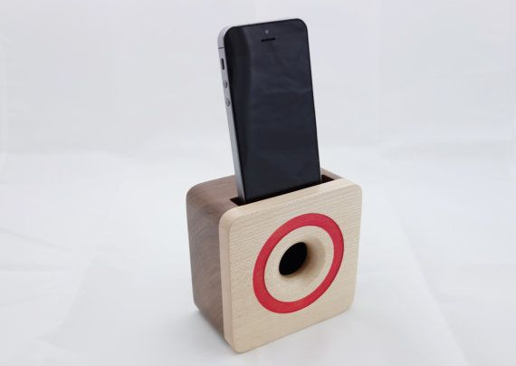iPhone 6 acoustic speaker box made from walnut wood, Wooden amplifier for iPhone 6