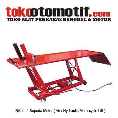 Kode : 28000000102 Nama : Bike Lift Sepeda Motor Merk : WESTCO Tipe : T-61004A No. Part Produsen : – Status : Siap Berat Kirim : 100 kg Material : – Ukuran : SP18103/800 lb