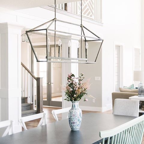 """Sale alert! This chandelier is 25% off right now!! Use the link in my profile and coupon code """"BUYANDSAVE"""" and it ends up costing under 250! Such a steal for an awesome light. Go on, buy your house a Christmas present!! Oh and it also comes in gold! 👍🏻😁 http://liketk.it/2pnXb @liketoknow.it #liketkit #ltkhome #homeisalifeinprogress #lighting #bellacor #holidaysales 📷: @jessicawhitephoto"""