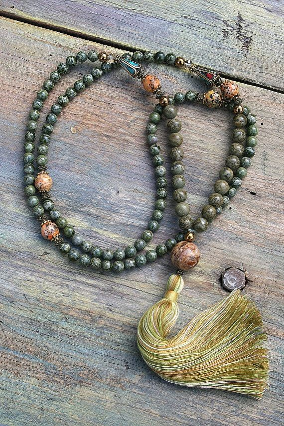 Mala necklace made ​​of 6 and 8 mm - 0.236 and 0.315 inch, beautiful African green jasper gemstones. Together they count as 108 beads. The mala is