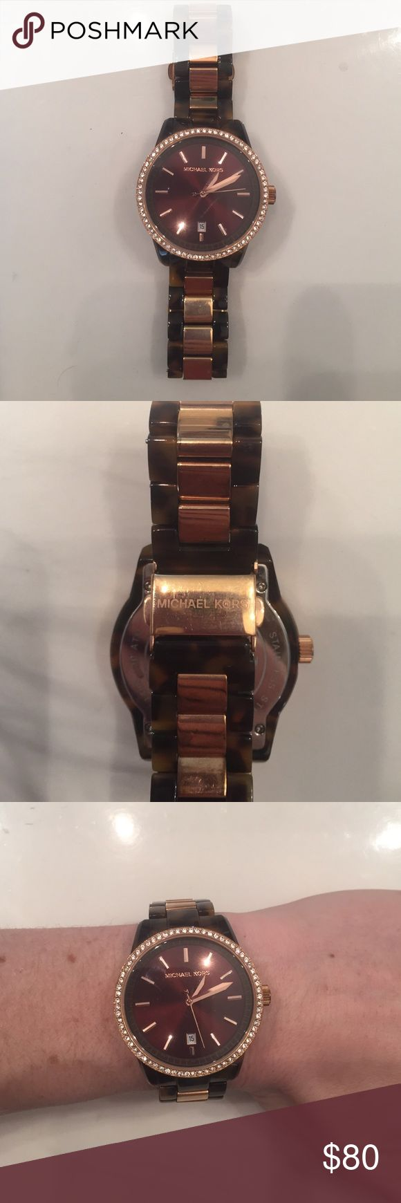 Michael Kors brown tortoise watch Michael Kors brown tortoise watch. Looks brand new - originally $250. Still works and doesn't need a new battery 🙂 Michael Kors Accessories Watches