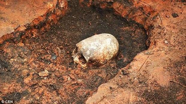 Mysterious skeleton with elongated skull found in Russia's Stonehenge - https://www.thevintagenews.com/2015/07/30/mysterious-skeleton-with-elongated-skull-found-in-russias-stonehenge/