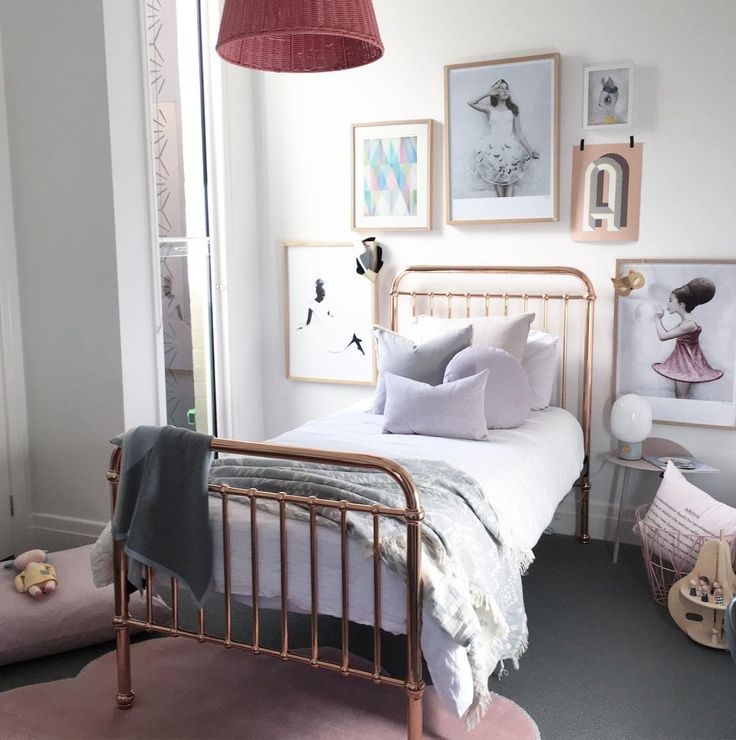 Take us back to our childhood so we can have a bedroom like this! What a gorgeous space from Norsu interiors with our Oteki Throw 💕 www.knotty.com.au