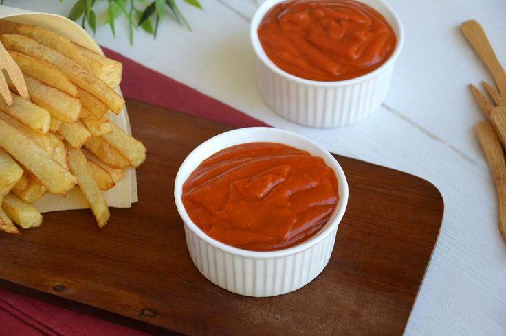 Ketchup fatto in casa, scopri la ricetta: http://www.misya.info/ricetta/ketchup-fatto-in-casa.htm