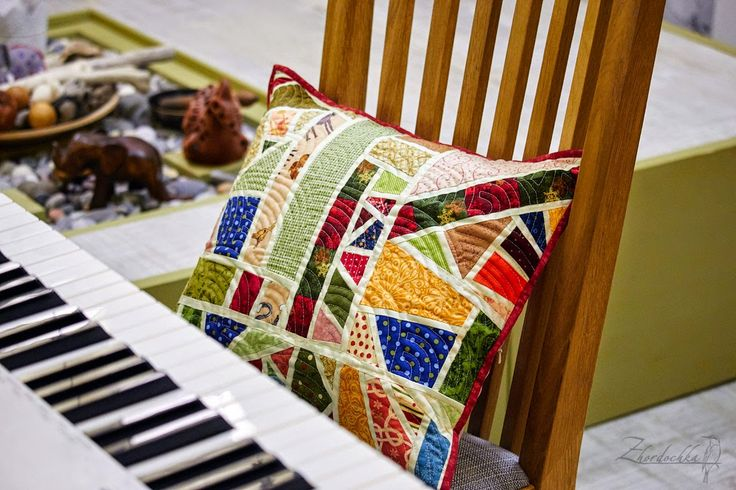 """Perch on: Patchwork cushion bags """"origami"""" / Scrappy pillow and origami bags"""