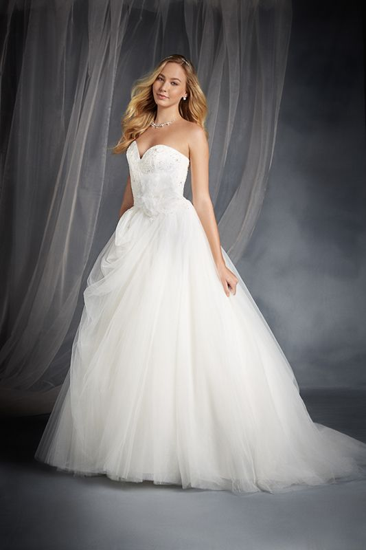 Sleeping beauty inspired wedding dress disney 39 s fairy for Sleeping beauty wedding dress