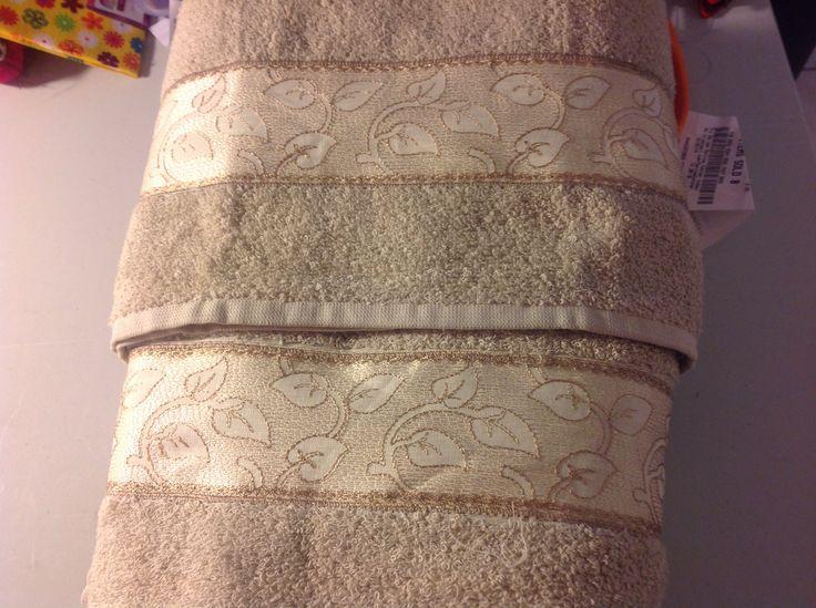 Juegos De Baño Rosario:Juego de toallas para baño $3500