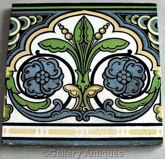 """Large antique Victorian / Art Nouveau Maw & Co Benthall Floreat Gothic Aesthetic Decorative Tile c.1890's size 8 1/8"""" x 8 1/8"""" (ref: H108)"""