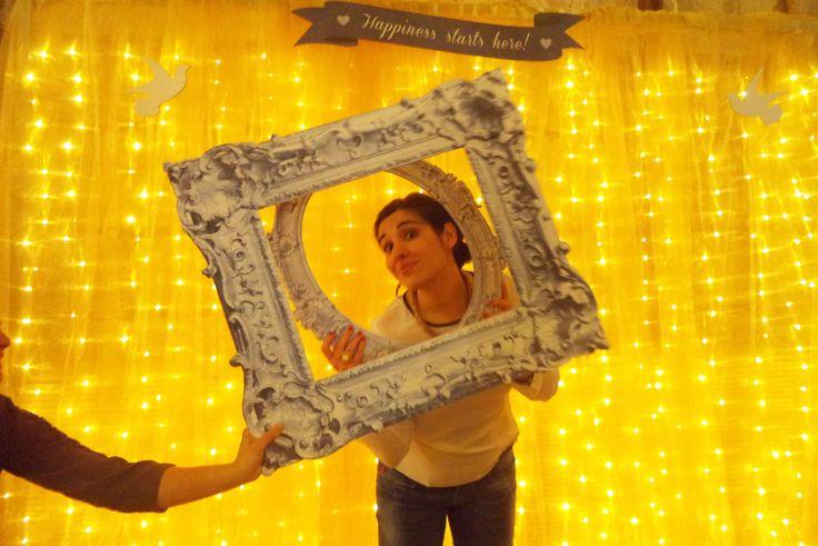 Golden backdrop & photobooth frames