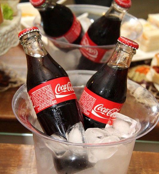 Festa do Sanduiche Coca Cola em garrafinha Como organizar festas