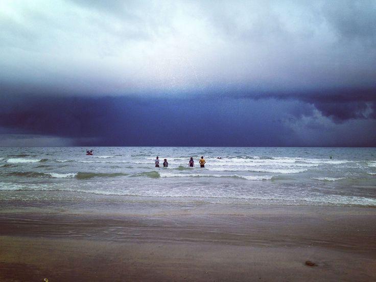 #chanthaburi #cloudblack #happiness #night #rainy #sea #season #summer #sunset #swimming #thailand #view #water