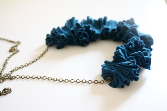 ziczac fabric necklace by ganbayo on Etsy