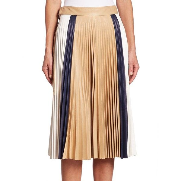 Victoria Beckham Pleated Leather Skirt (2.694.685 CLP) ❤ liked on Polyvore featuring skirts, pleated skirt, leather skirt, knee length pleated skirt, block print skirts and victoria beckham